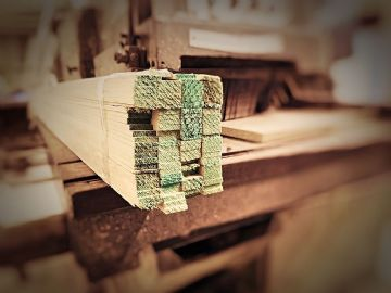 BULK BUYS Timber Laths 22mm x 5mm - 3metres x 100 lengths